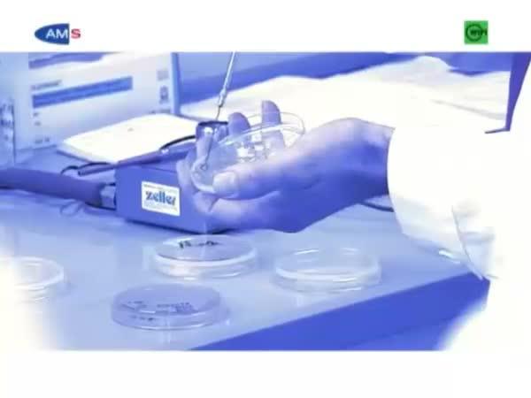 Biotechnologe/Biotechnologin