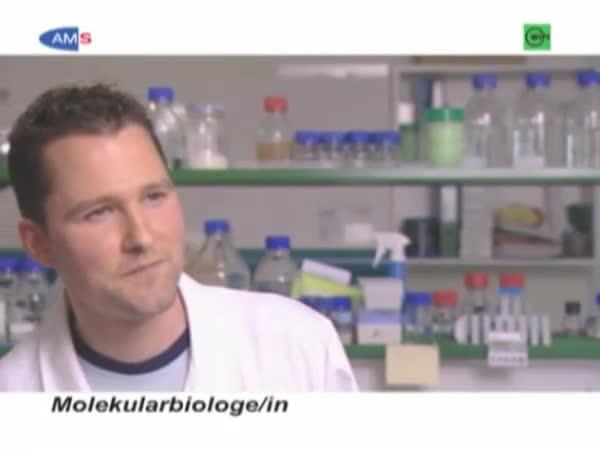 Biolog(e)in (Molekulare Biologie)