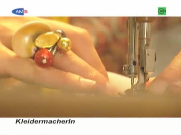 BekleidungsgestalterIn - Hauptmodul Damenbekleidung
