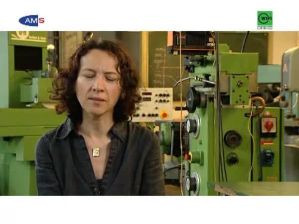 ElektronikerIn im Bereich Fertigung und Produktion