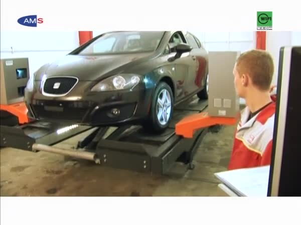 KraftfahrzeugtechnikerIn (mit MODULEN)