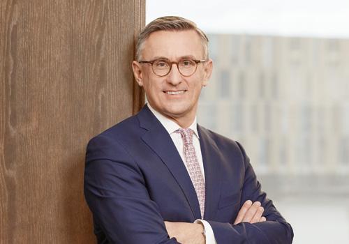 Mag. Dipl.-Ing. Robert Ottel, MBA, Leitung des Ressorts Finanzen